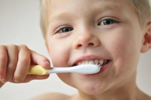 Tác hại của viêm nha chu ở trẻ em NGUY HIỂM như thế nào? 1
